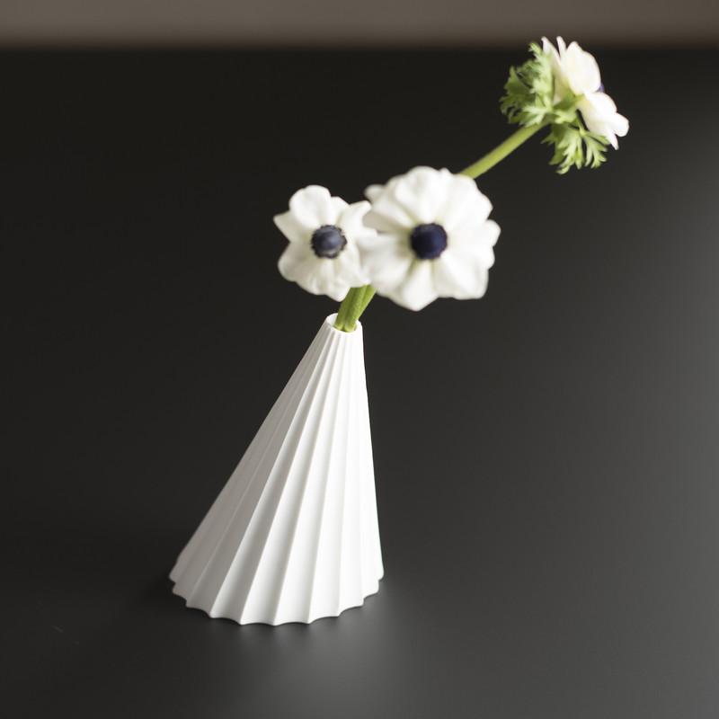opera vase extranorm espace steiner design contemporain. Black Bedroom Furniture Sets. Home Design Ideas