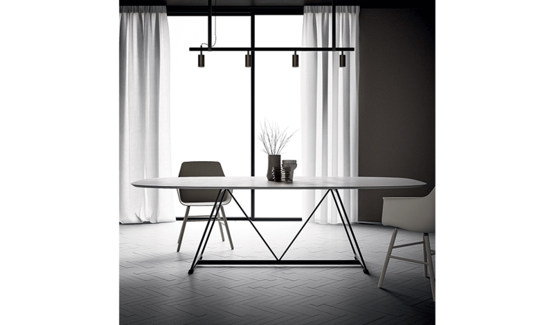 table ovale radar dall agnese espace steiner design contemporain. Black Bedroom Furniture Sets. Home Design Ideas