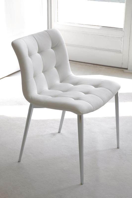 chaise et fauteuil kuga bontempi casa espace steiner design contemporain. Black Bedroom Furniture Sets. Home Design Ideas