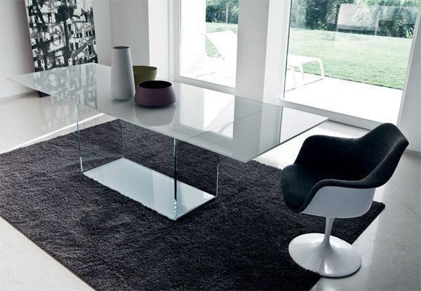 table rectangulaire valencia sovet italia espace steiner design contemporain. Black Bedroom Furniture Sets. Home Design Ideas